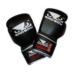 Боксерские перчатки Bad Boy Pro Series Training Gloves