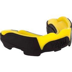 Боксерская капа Venum Predator black - yellow
