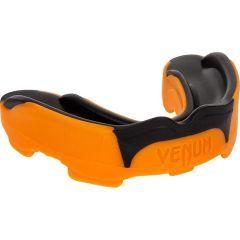 Боксерская капа Venum Predator black - orange