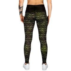Женские компрессионные штаны Venum Camoline - черный/салатовый