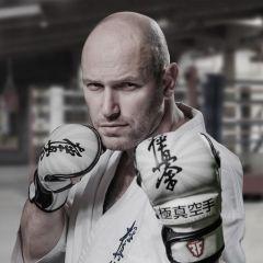 Тренировочные ММА перчатки RussianFighter Kyokushin Karate